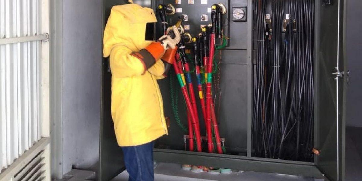 Eficiente instalación de sistemas eléctricos para la industria